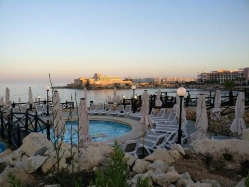 Malta Wedding Planner Rosemarie sea front wedding venues (29)